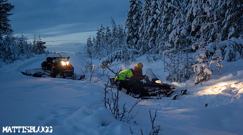 Trail_breking_swedish_lapland_2