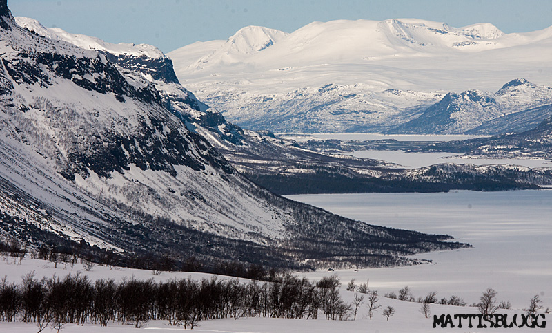 Gate_to_sarek_2_5