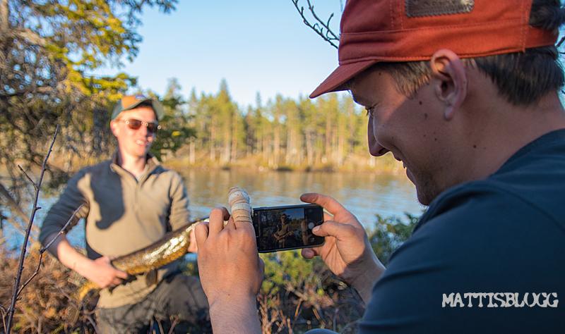 Midnattssol-kanadensare-vildmark-5